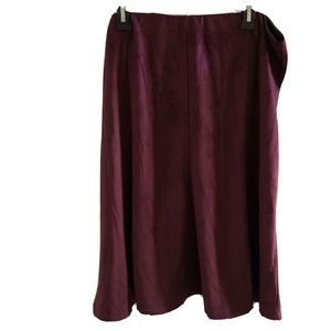 Signature collection skirt 18w